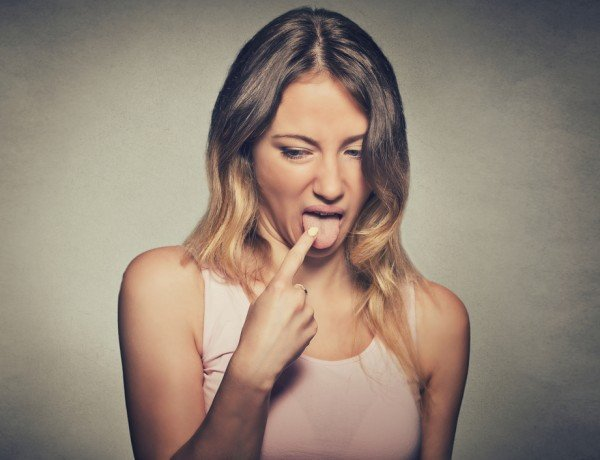 cancer causes people to feel disgusted by food, causing dangerous weight loss