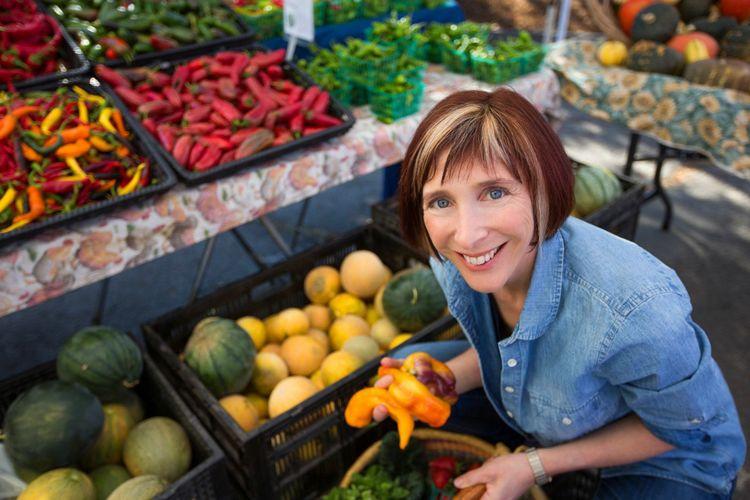 rebecca katz at the market