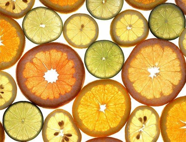 citrus fruit slices photographed by Scott Bauer, USDA