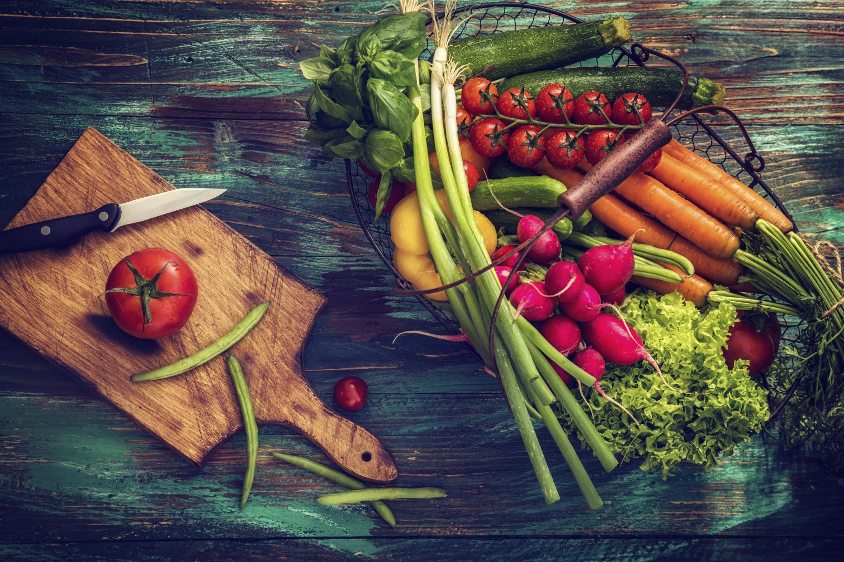 Phytochemicals give fruits and vegetables their bright colors